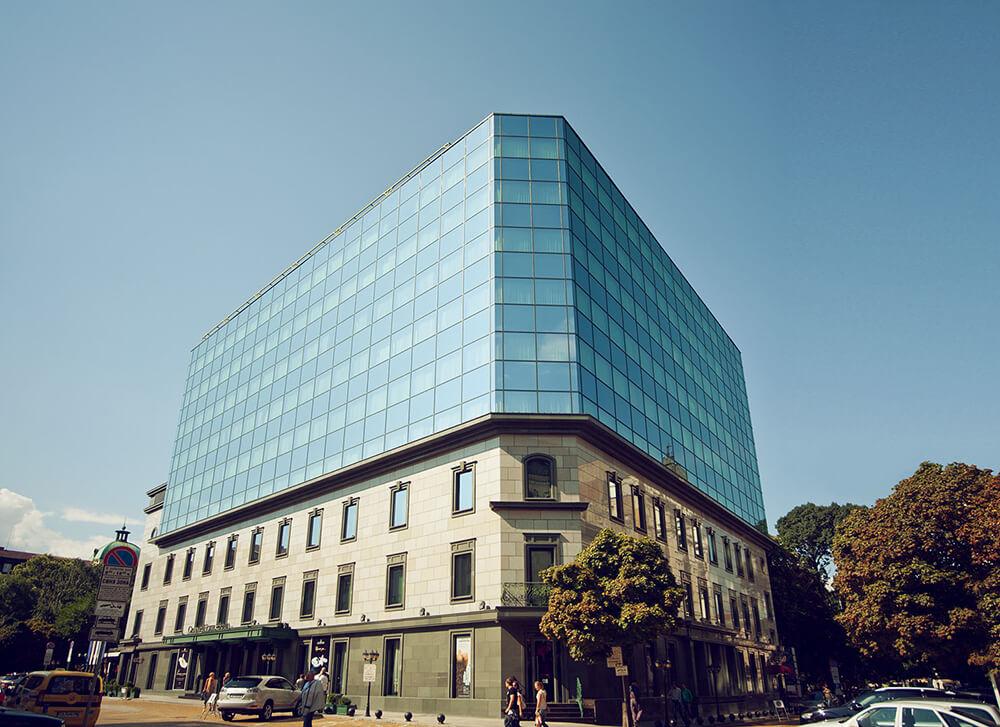 Corner perspective of the Grand Hotel Sofia