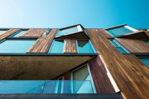 Cavity and joints in rainscreen systems